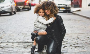10 Tips to Successfully Be a Mom and Run a Business Too!